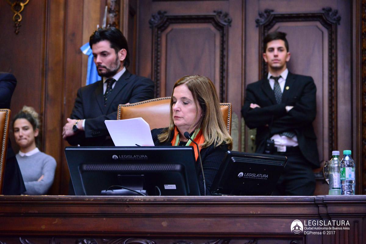 6633-20170928 polledo presidencia (1)