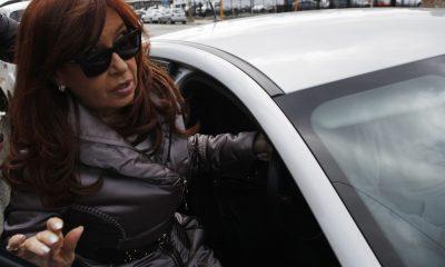 """Río Gallegos Cristina Fernández de Kirchner concurrió hoy al Juzgado Federal de Río Gallegos para ratificar la denuncia penal que hiciera por presunto """"espionaje político y persecución"""". Foto: Walter Díaz"""