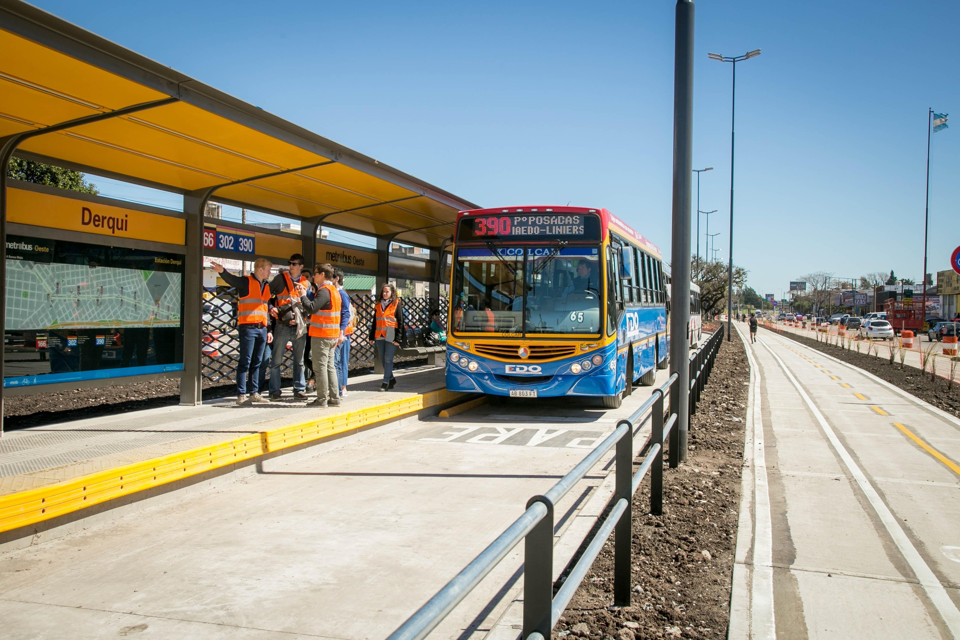MetrobusOeste (2)