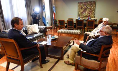 El Gobernador Gustavo Bordet mantuvo una reunión con el embajador de Argentina en China, Diego Guelar.
