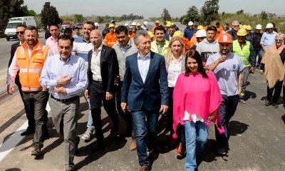 El Presidente Macri recorrió las obras del nuevo tramo del Camino del Buen Ayre.