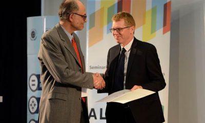 Juan Curutchet y René Valdes, durante el seminario de ALIDE.