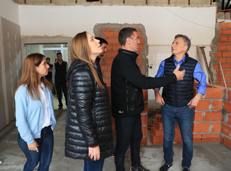 El Presidente Macri y la Gobernadora Vidal recorrieron las obras de remodelación del Hospital Zonal Oncológico Luciano Fortabat de Olavarría.