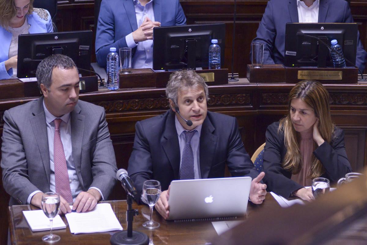 Felipe Miguel en la Legislatura Porteña.