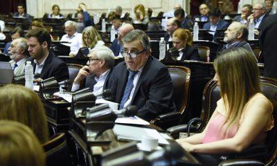"""zzzznacp2 NOTICIAS ARGENTINAS BAIRES, NOVIEMBRE 21: El diputado Mario Negri durante la sesión especial pedida por Cambiemos para discutir el proyecto de ley de """"ficha limpia"""" que se cayo por falta de quorum. Foto NA: HCDN zzzz"""