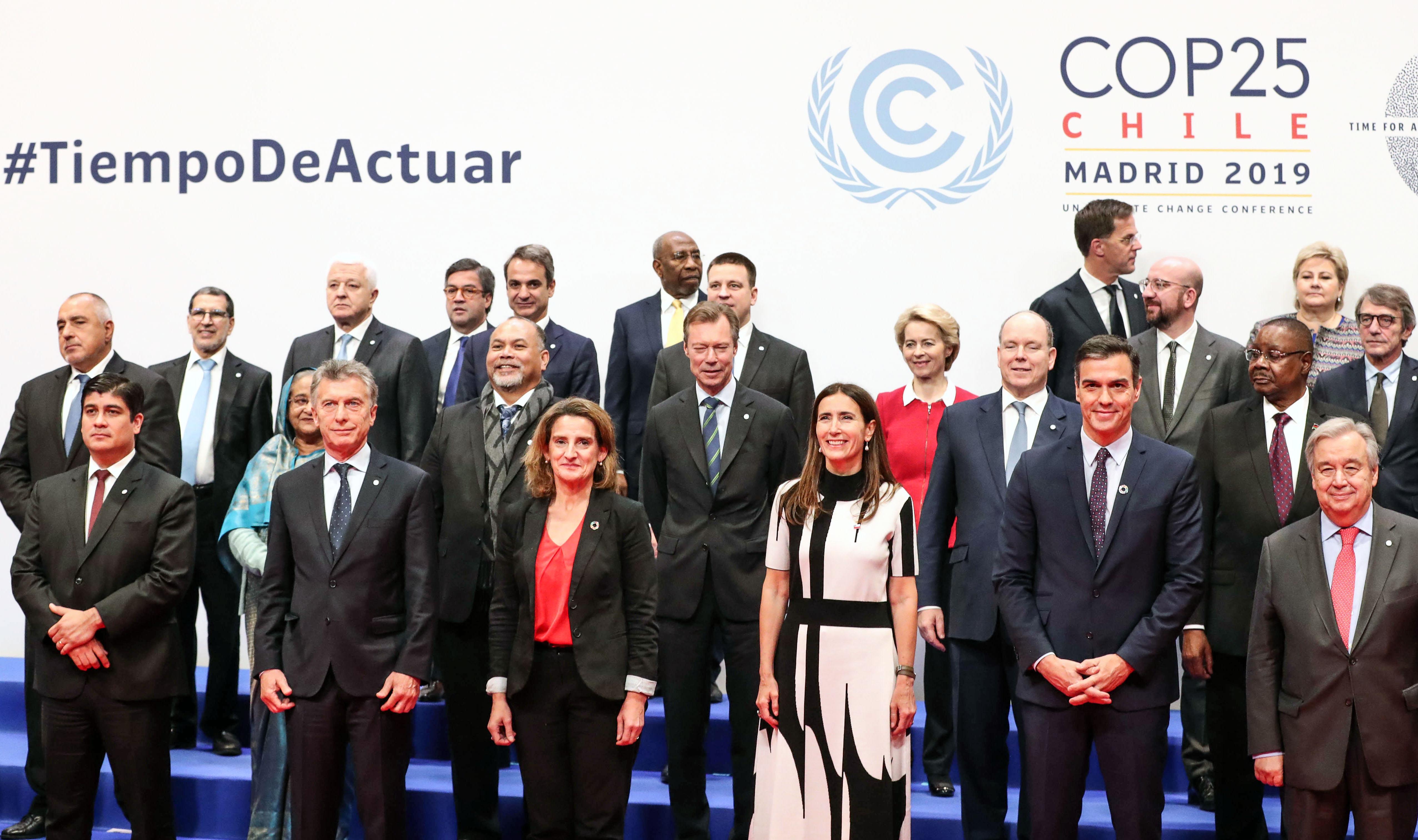 El Presidente Mauricio Macri junto a los representantes de la XXV Conferencia de Naciones Unidas sobre el Cambio Climático.